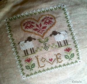 mes projets broderie pour les 6 mois à venir Love-lhn-signecc81